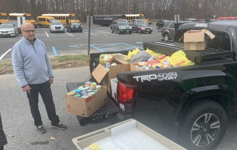 WTMS Thanksgiving Food Drive Supports Community